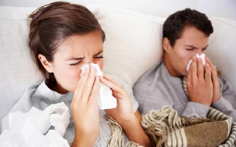 Điều trị bệnh sớm giúp ngăn cản các biến chứng nguy hiểm ảnh hưởng xấu đến sức khỏe người bệnh