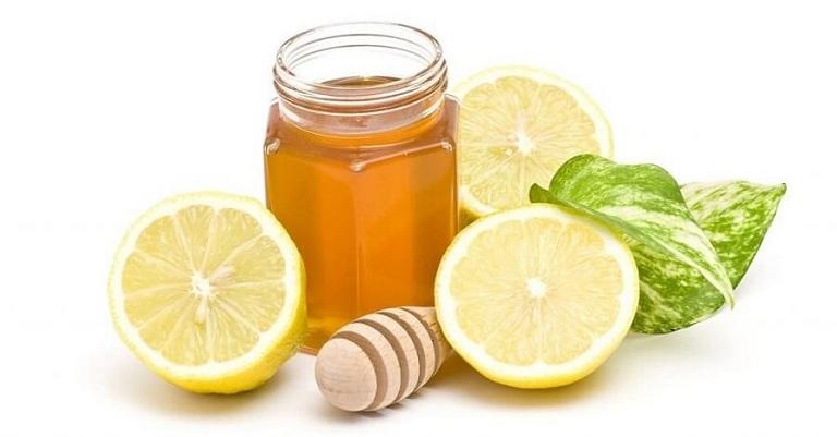 Uống nước chanh mật ong giúp cải thiện tình trạng bệnh hiệu quả