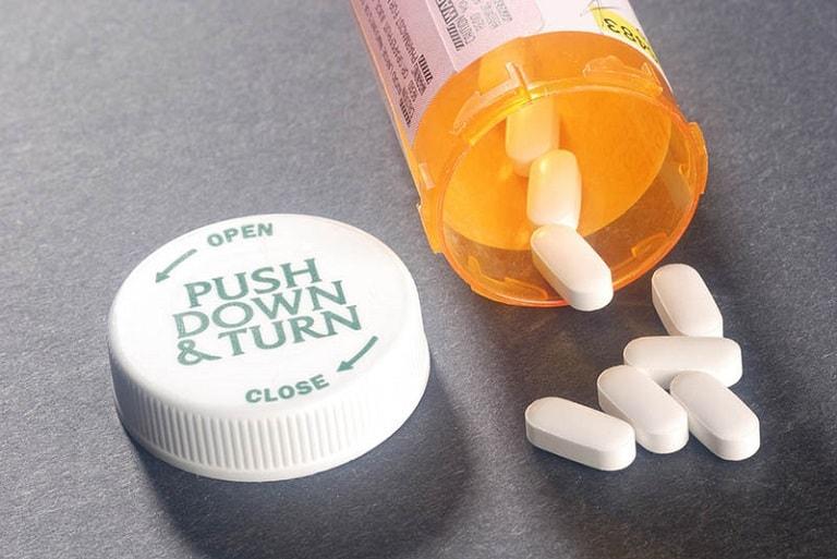 Thuốc Tây y có hiệu quả rất tốt trong điều trị nhiễm trùng nặng