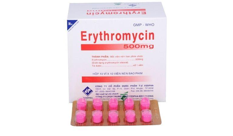 Erythromycin cải thiện tổn thương niêm mạc họng