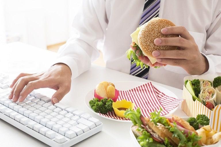 Nhiều thực phẩm bạn không nên sử dụng