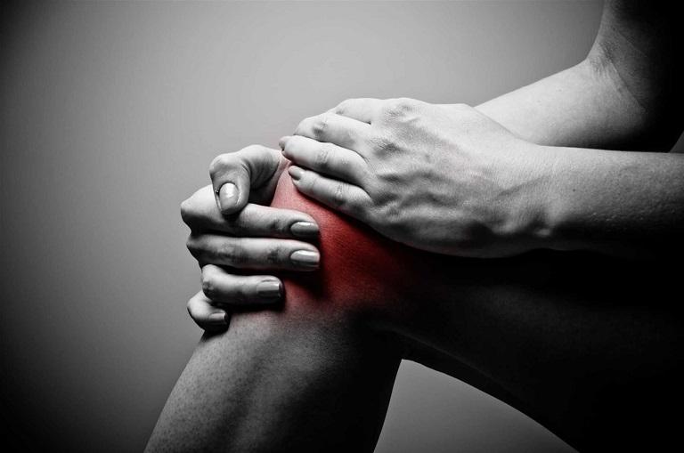 Biến chứng sốt thấp khớp là một trong những biến chứng nguy hiểm của tình trạng viêm amidan mãn tính