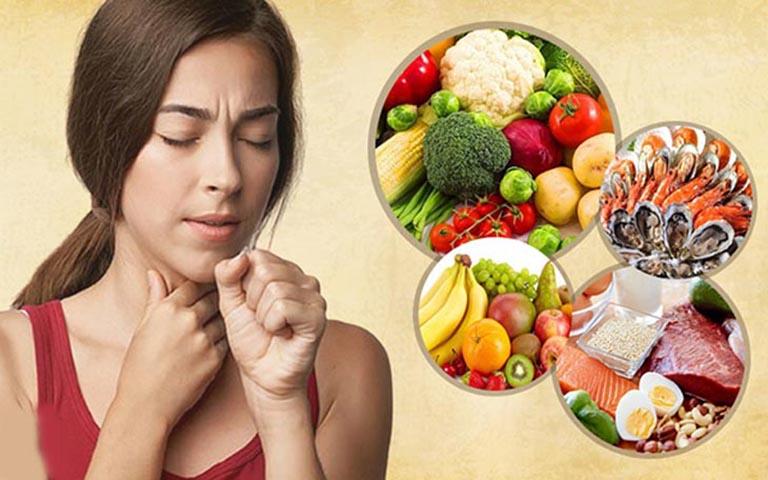 Bị viêm họng cấp nên ăn gì và không nên ăn gì?