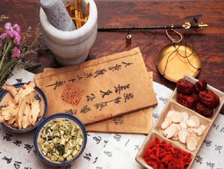 Áp dụng các bài thuốc Đông y để điều trị bệnh