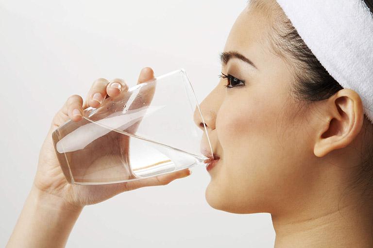 Chú trọng việc vệ sinh khoang miệng, vòm họng mỗi ngày