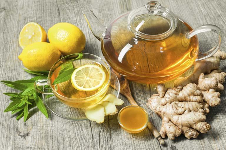 Uống trà gừng giúp làm giảm triệu chứng bệnh viêm phế quản