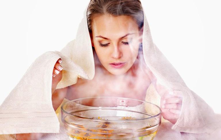 Điều trị tại nhà bằng việc xông mũi bằng thảo dược