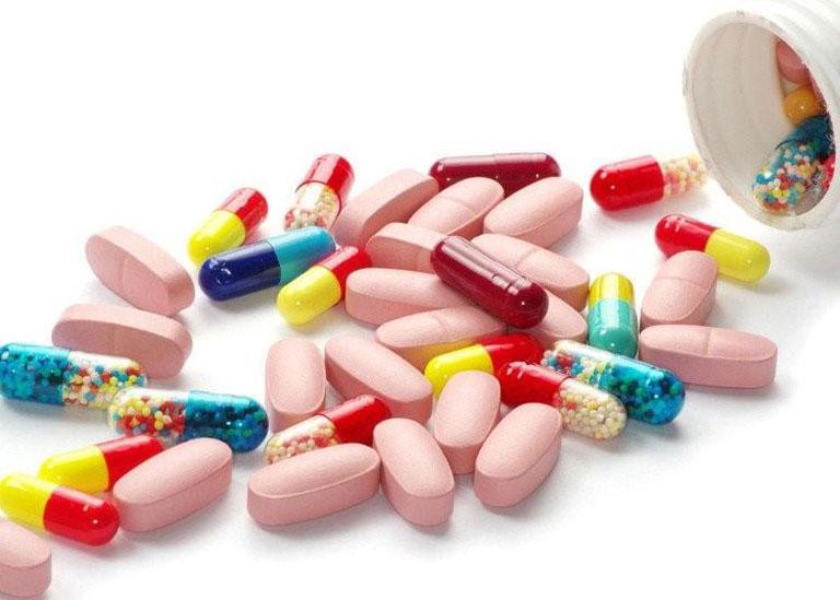 Người bệnh nên đi khám để được bác sĩ kê đơn thuốc phù hợp