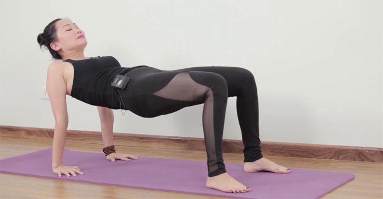Bài Table Top Pose Yoga chữa viêm họng