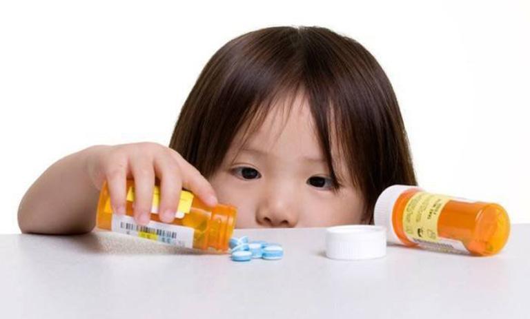 Phương pháp chữa bệnh bằng thuốc cho trẻ nhỏ