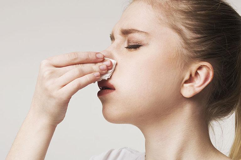 Viêm mũi dị ứng bội nhiễm là một tình trạng nặng hơn của viêm mũi dị ứng thông thường