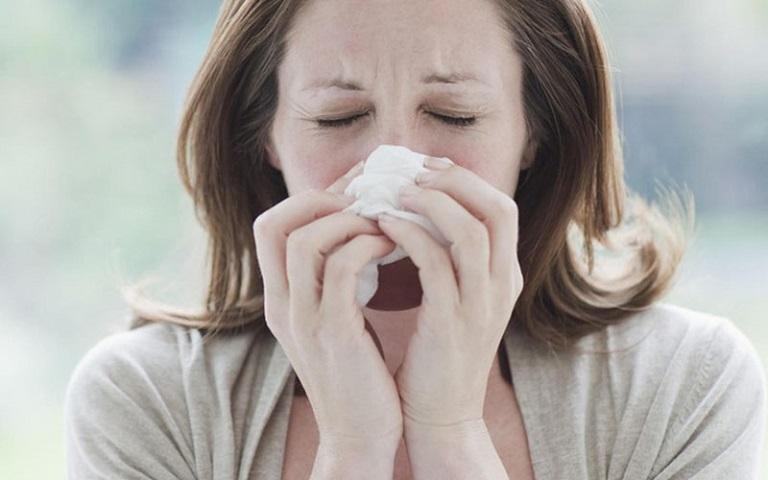 Viêm mũi xuất tiết là một bệnh lý hô hấp khá phổ biến