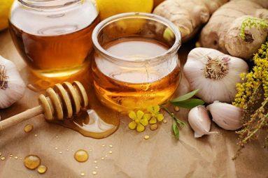 Chữa viêm họng bằng mật ong là phương pháp điều trị rất được nhiều người áp dụng