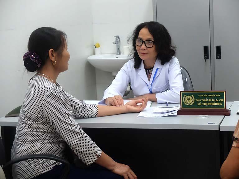 Tái khám theo lịch hướng dẫn để tăng hiệu quả điều trị và phòng bệnh