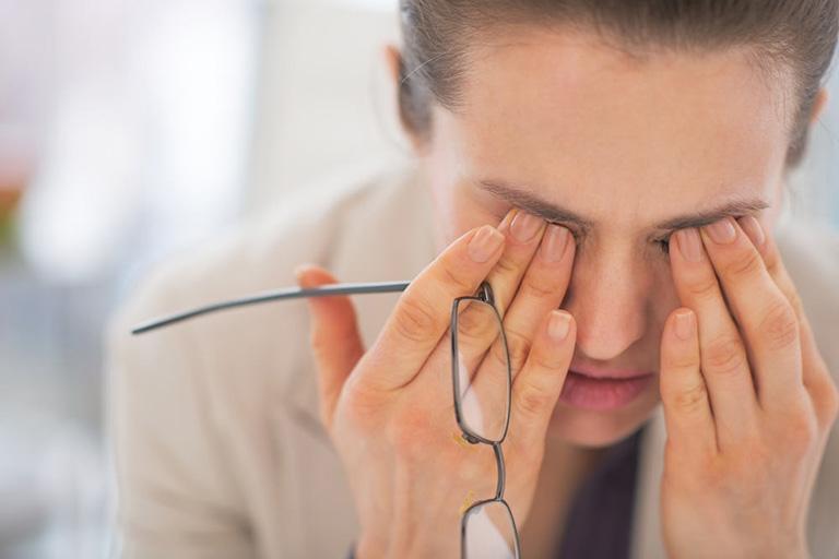 Bệnh gây ra biến chứng viêm thần kinh thị giác