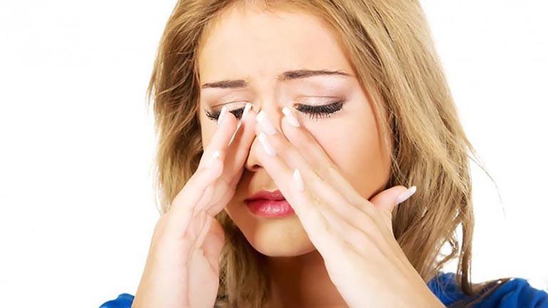 Tình trạng đau nhức dữ dội kéo dài từ khoảng 10h sáng trở đi và lên đến đỉnh điểm vào giữa trưa