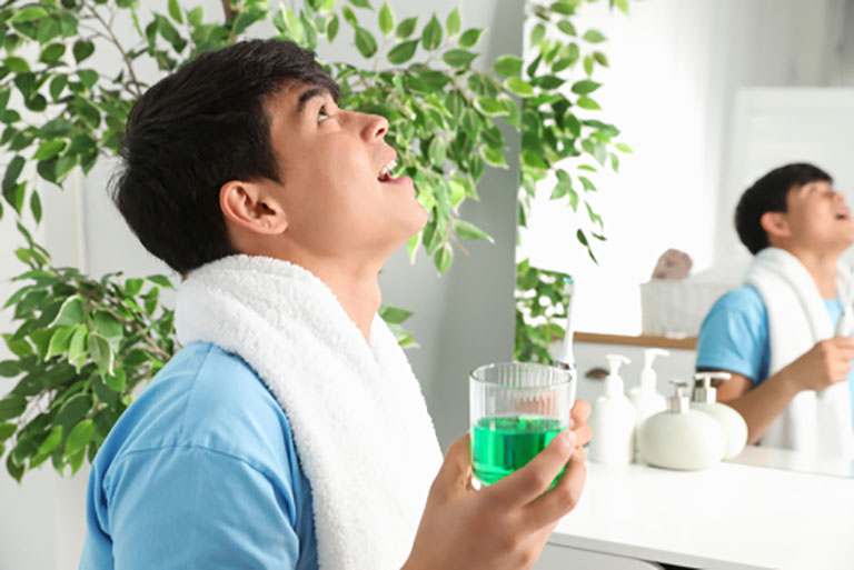 Vệ sinh răng miệng để phòng bệnh
