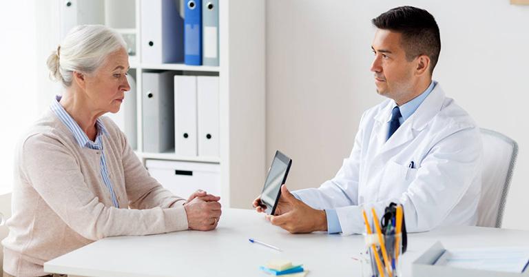 Người bệnh nặng nên đi khám và tuân theo chỉ định của bác sĩ