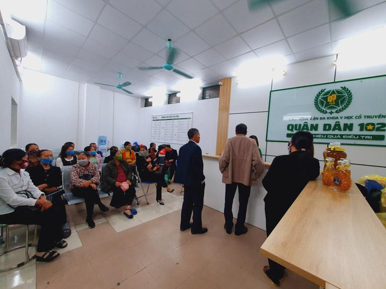 Khám chữa viêm amidan tại Tai Mũi Họng Quân dân 102