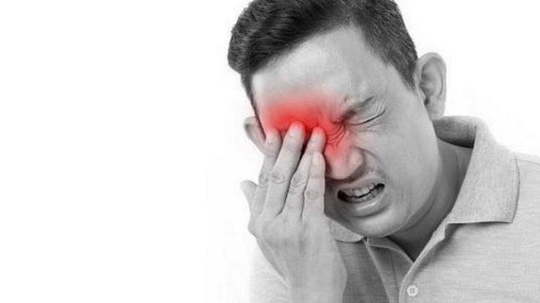 Người bệnh cần điều trị biến chứng viêm xoang dứt điểm để tránh nguy cơ mù lòa