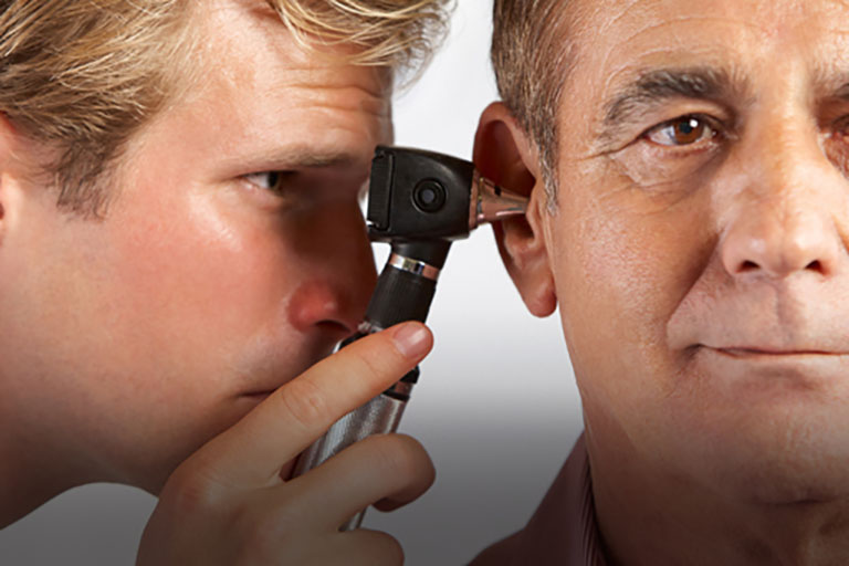 Viêm xoang gây biến chứng lên tai