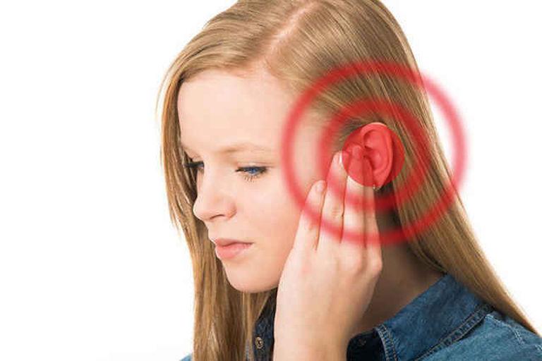 Viêm xoang ù tai là một triệu chứng rất phổ biến gây khó chịu cho người bệnh