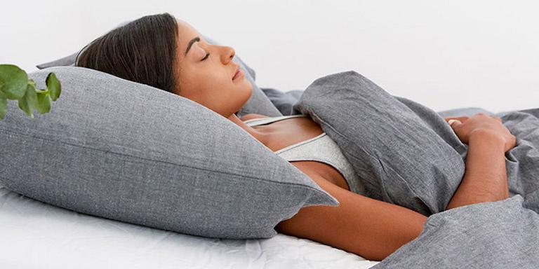 Kê cao đầu khi ngủ là một giải pháp cải thiện giấc ngủ tốt
