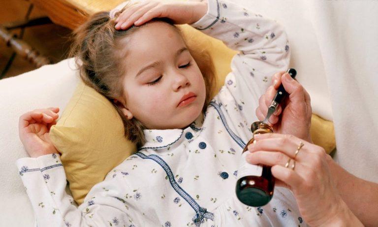 Dùng thuốc Tây y để điều trị cho trẻ vừa khoa học, vừa chấm dứt bệnh nhanh chóng