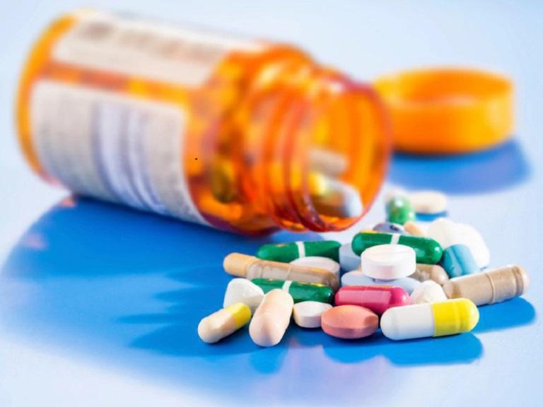 Thuốc Tây y có tác dụng rất tốt trong việc kháng viêm, giảm triệu chứng đau rát ở cổ họng nhanh chóng