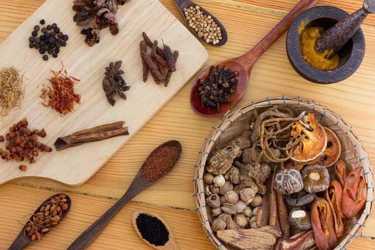 Áp dụng Đông y chữa viêm xoang an toàn, lành tính và nhanh chóng