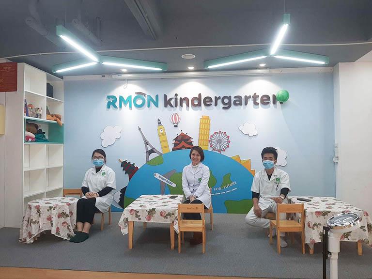 Bệnh viện Tai Mũi Họng Quân dân 102 là đơn vị rất tích cực trong triển khai các hoạt động cộng đồng