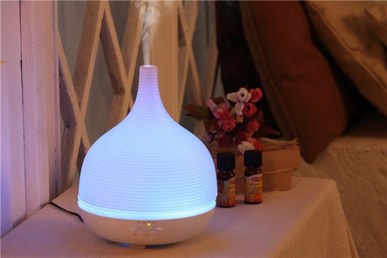 Xông phòng bằng tinh dầu giúp cải thiện chất lượng không khí và hệ hô hấp