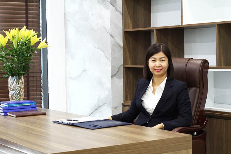Bà Trần Thanh Hằng - Tổng giám đốc bệnh viện