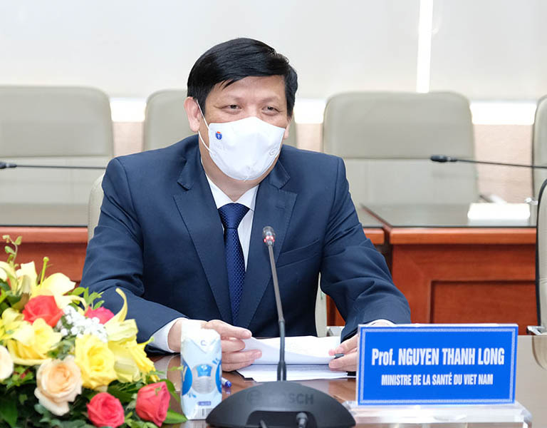 Bộ trưởng Bộ Y tế đã có cuộc làm việc riêng rẽ với các Đại sứ của Australia, Cộng hoà Pháp và Thụy Sỹ tại Việt Nam