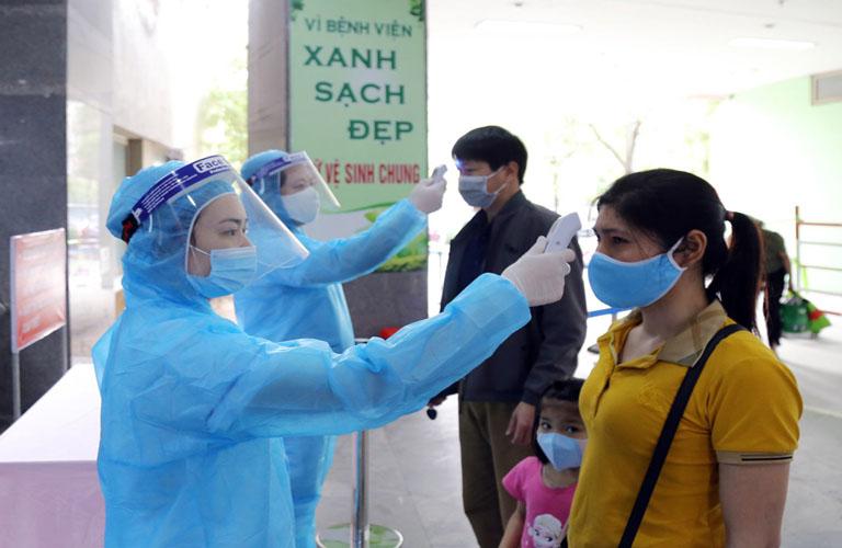 Hướng dẫn người dân phòng và kiểm soát lây nhiễm Covid-19 trong cơ sở y tế