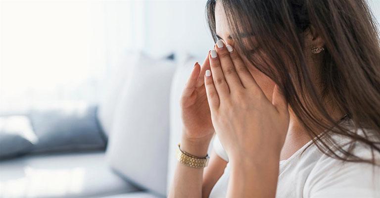 Nếu không được xử lý dứt điểm và kịp thời, bệnh viêm xoang trán có thể gây ra rất nhiều ảnh hưởng nguy hiểm cho sức khỏe