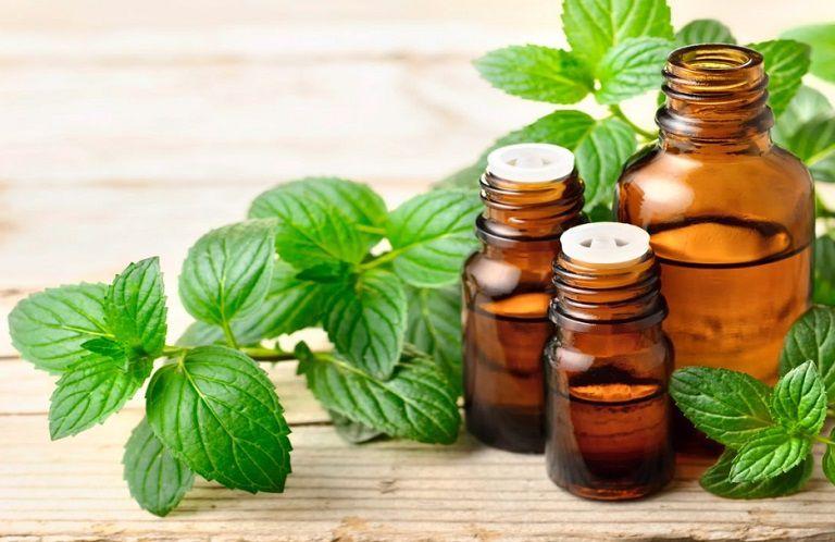 Tinh dầu bạc hà không chỉ giảm sưng viêm mà còn giúp thư giãn rất tốt