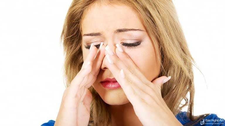 Viêm xoang cấp có bị sốt không là thắc mắc của nhiều người bệnh
