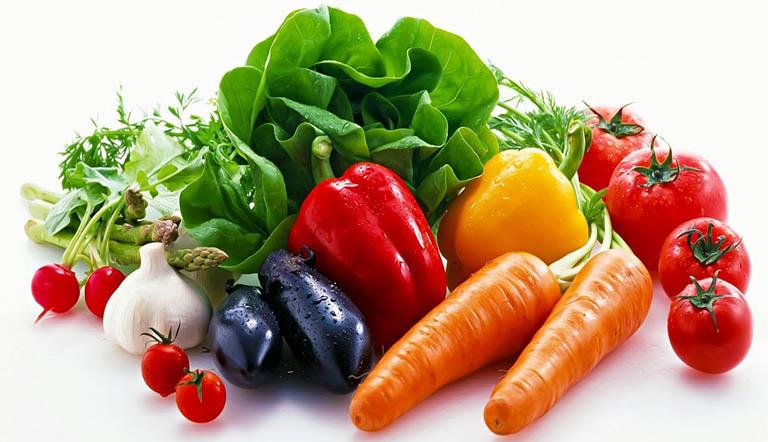 Luôn bổ sung các loại thực phẩm giàu vitamin trong bữa ăn